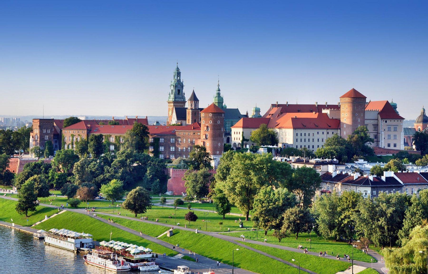 Wawel Kirche Krakau iStock507960050